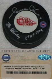 "Gordy Howe Signed Red Wings ""Mr Hockey""&""HOF72"" Hockey Puck Steiner"